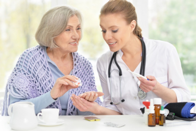 What Are the Advantages of Having a Home Health Aide?